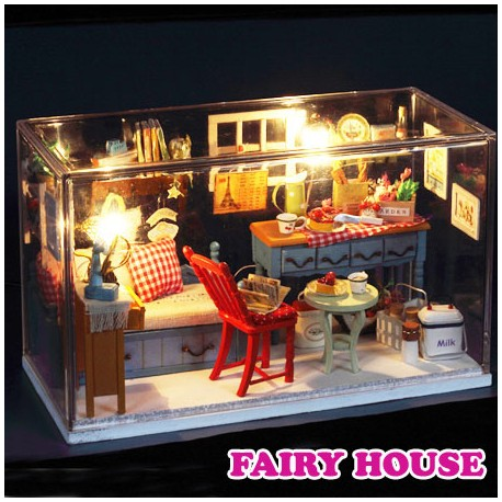 "Casuta "" Fairy House """