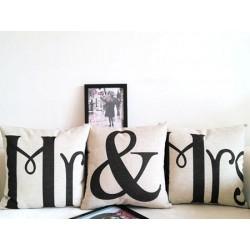 """Подушка """"Mr & Mrs"""""""