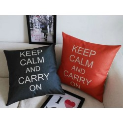 "Perna decorativa ""Keep Calm and Carry On"""